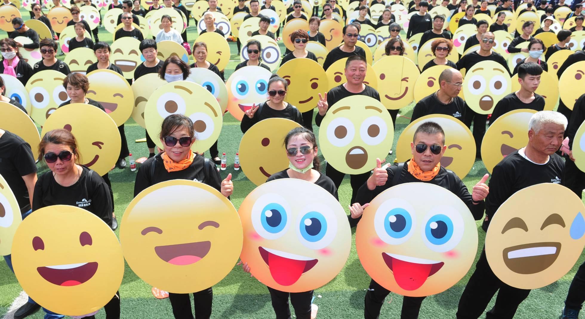 Los ''emojis'' se impone como la palabra del año de la Fundéu BBVA