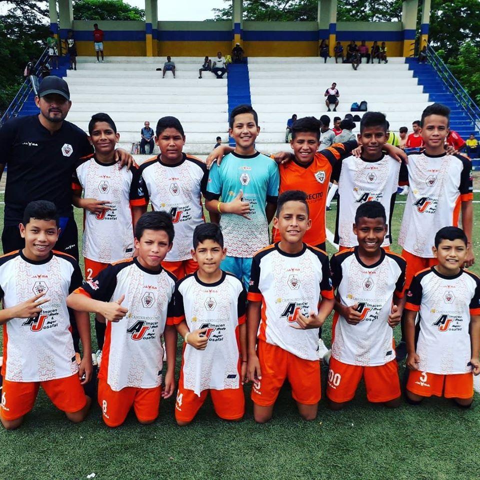 Culmina campeonato FUT 6 en Isla de Bejucal