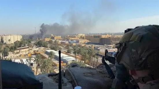 Proyectiles impactan cerca de base militar de Irak en la que hay desplegadas tropas de EEUU