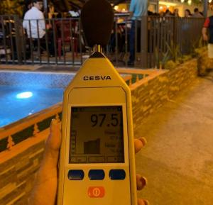 Aplican sanciones por exceso de ruido en bares de Portoviejo