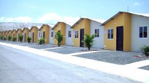 Ecuador impulsa construcción de vivienda social con emisión de bono soberano