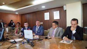 Empresarios de Ecuador piden ''agenda íntegra'' antes de acuerdo con México