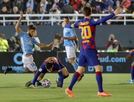 El Barcelona remonta con un doblete de Griezmann ante un heroico Ibiza