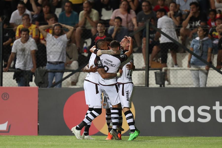 Barcelona vence 2-0 a Progreso con tantos de Fidel y Emmanuel Martínez