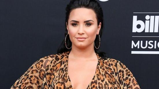 Demi Lovato habla de su salud mental antes de los Grammy y el Super Bowl