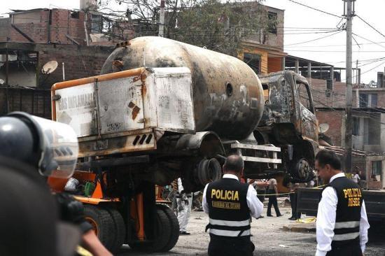 Sube a 13 el número de muertos por deflagración de gas en Lima, entre ellos menores de edad