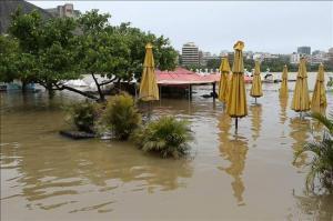 Suben a 45 los muertos y a 101 municipios en emergencia por lluvias en Brasil