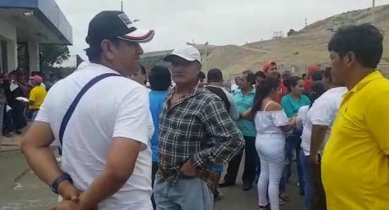 Pescadores artesanales protestan en rechazo a la reforma de la Ley de Pesca