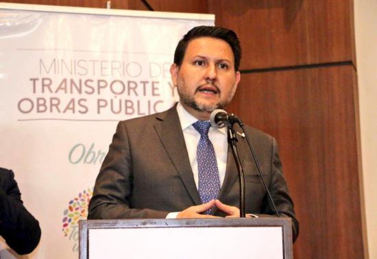 Ministro de Transporte de Ecuador pide a Quito decidir si quiere un metroférico