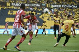 Barcelona SC debuta con empate sin goles ante Técnico Universitario en el Monumental