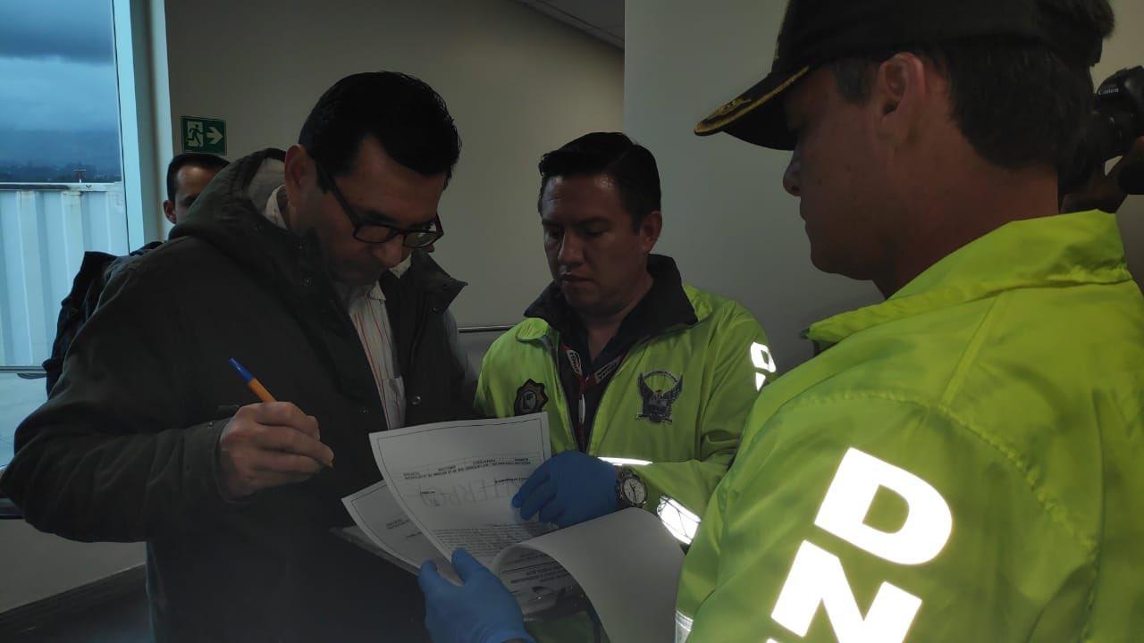Exjefe de Inteligencia de Correa llega a Ecuador y comparecerá ante justicia