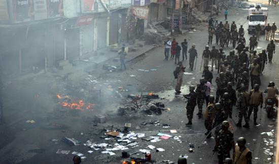 Aumentan a diez los muertos en protestas de Delhi durante visita de Trump