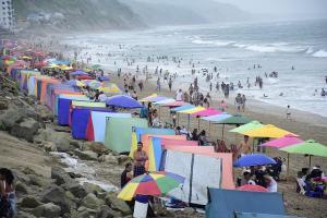 Unos 180 mil turistas llegaron a Crucita en el feriado de carnaval