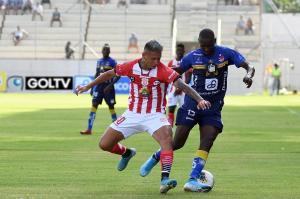 Delfín cae 0-2 en casa ante Técnico Universitario