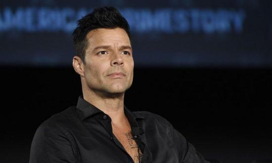 Ricky Martin pide donar dinero a las organizaciones para adquirir equipos médicos y combatir COVID-19