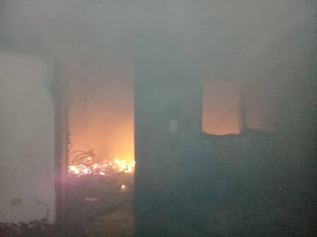 Incendio en campamento de la Refinería del Pacífico
