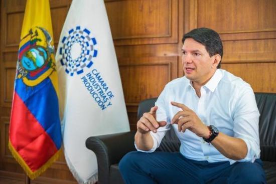 Industriales de Ecuador ven con Gobierno y multilaterales cómo superar crisis