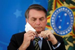Bolsonaro pone en duda cifra de muertes por COVID-19 y pide volver a trabajar