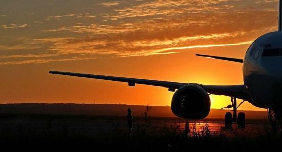 Cuarto vuelo con españoles varados por COVID-19 viaja de Ecuador a Madrid