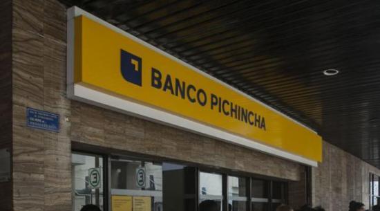 Banco Pichincha dona 10 millones de dólares para insumos médicos