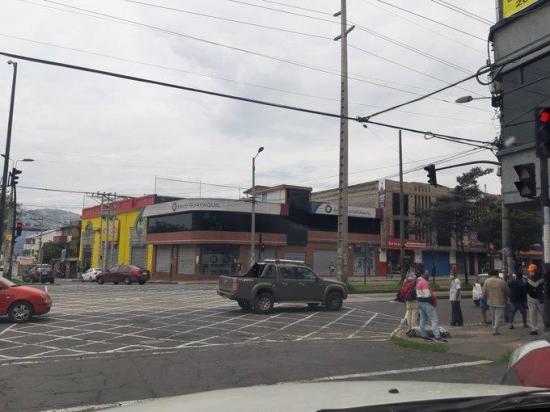 Quito retira a 2.000 vendedores por incumplir disposiciones de emergencia