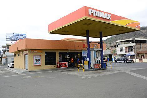 PORTOVIEJO: Gasolineras venden un 85% menos de combustible