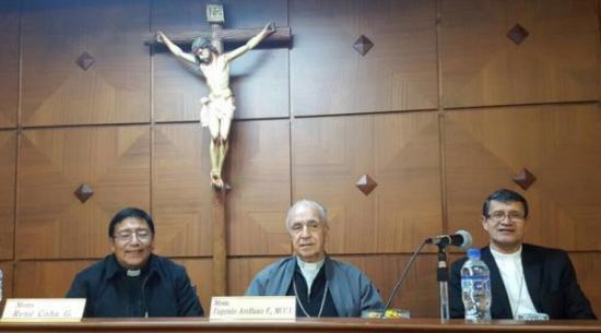 Iglesia pide tregua política y mayor acción contra el coronavirus en Ecuador