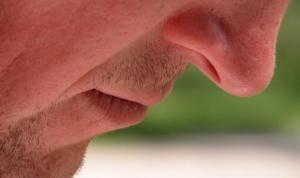 El 80% de los pacientes del COVID-19 pierde el olfato, según un estudio