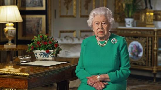 Isabel II pide a los británicos que estén 'unidos' para superar la pandemia
