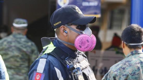 Municipios de Ecuador tienen la potestad de sancionar a ciudadanos que circulan sin mascarillas