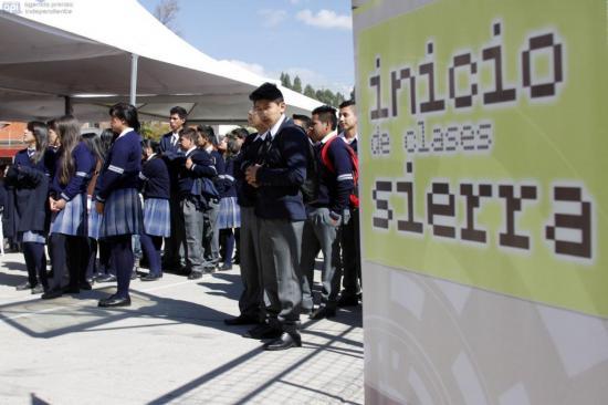 Año escolar en la Sierra y Amazonía de Ecuador terminará de forma virtual