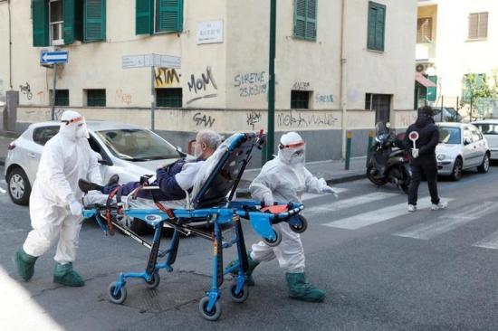 Italia registra un récord de pacientes recuperados