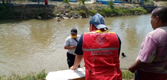 Venezolano desaparece mientras se bañaba en el río, en Rocafuerte