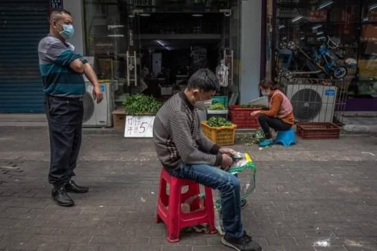 Wuhan intenta pasar página con la herida aún abierta del coronavirus