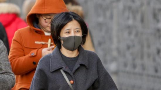 Director de un hospital de Wuhan: ''Sin mascarillas no contendremos el virus''