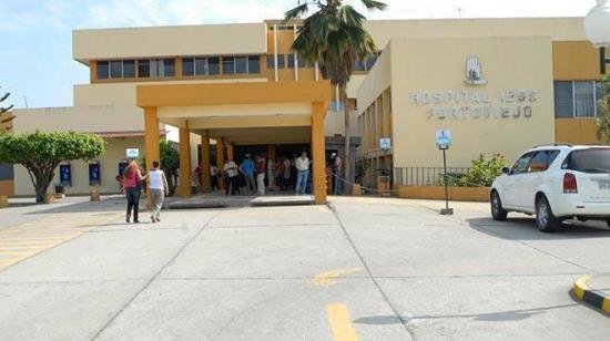 Exigen pruebas por covid-19 para los médicos y personal administrativo del hospital del IESS de Portoviejo