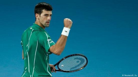 Djokovic realiza 'una importante donación' a un hospital de Bérgamo