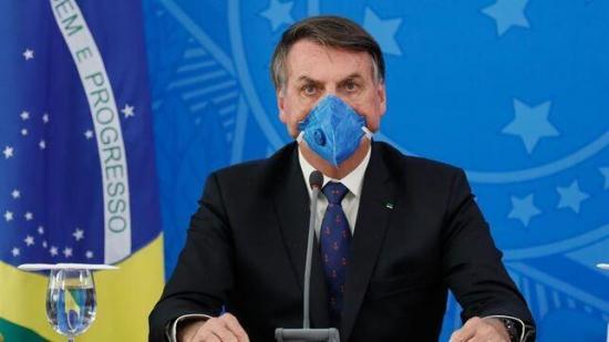 Bolsonaro anuncia a un oncólogo como ministro de Salud en plena pandemia
