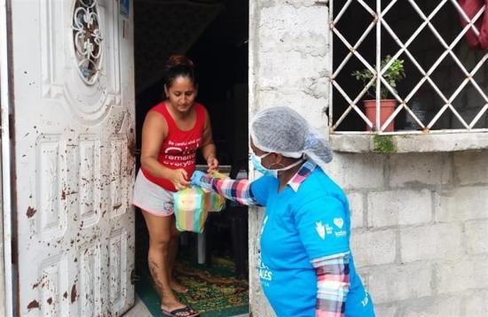 La ayuda solidaria, la otra cara de Guayaquil en medio de la pandemia