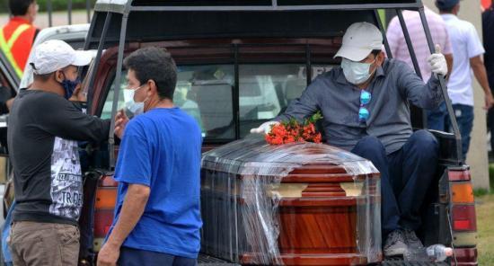 Ecuador suma 8.450 contagiados y 421 fallecidos por coronavirus