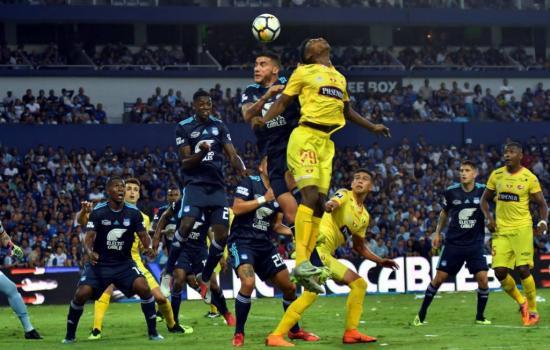 Clubes ecuatorianos negocian con jugadores recortes salariales de hasta 50%