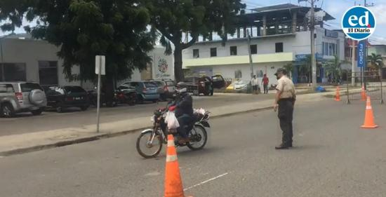 Más de dos mil personas sancionadas en Manabí por violar restricciones de circulación vehicular