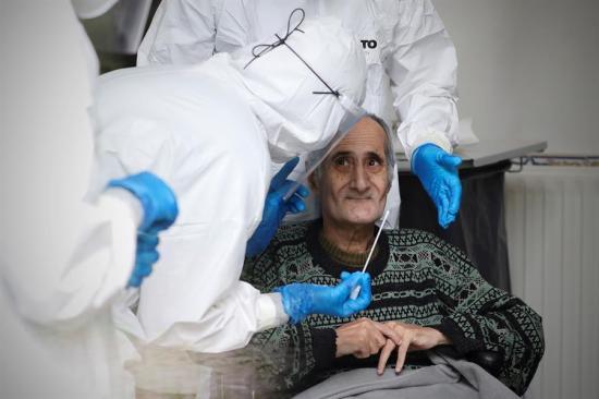 Personas recuperadas de Covid-19 superan a las fallecidas en Portugal