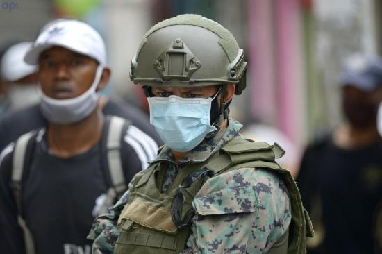 En Ecuador se registran 364 militares contagiados y 4 fallecidos por COVID-19