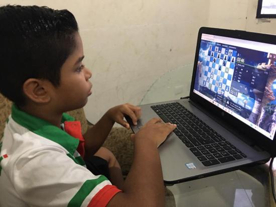 Mantense gana campeonato panamericano de ajedrez en línea