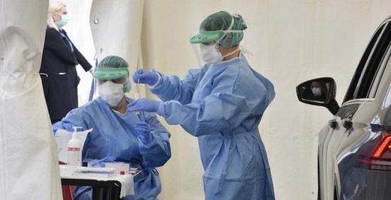 Italia suma 464 fallecidos más y registra un récord de 3.000 pacientes curados en un día