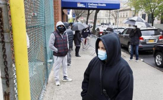 Otros 4,2 millones de trabajadores solicitan seguro por desempleo en EEUU