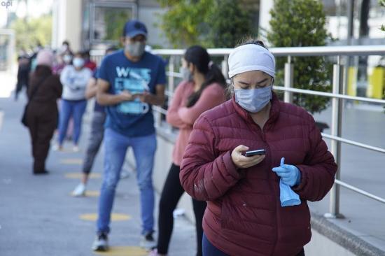 Gobierno de Ecuador descarta ''nuevo brote'' tras duplicar positivos covid-19