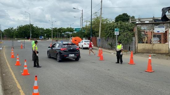 55 vehículos están inhabilitados en Manabí por circular con salvoconductos sin validez