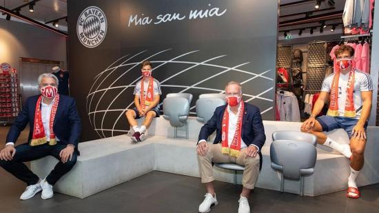 El Bayern vende más de 100.000 mascarillas contra el coronavirus en un solo día